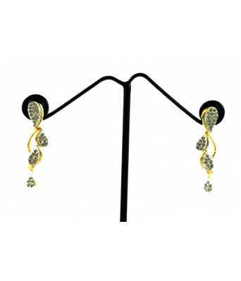 Aradhya American Diamond Gold Plated sleek Elegant Necklace Set / Jewellery Set with Earrings for Women